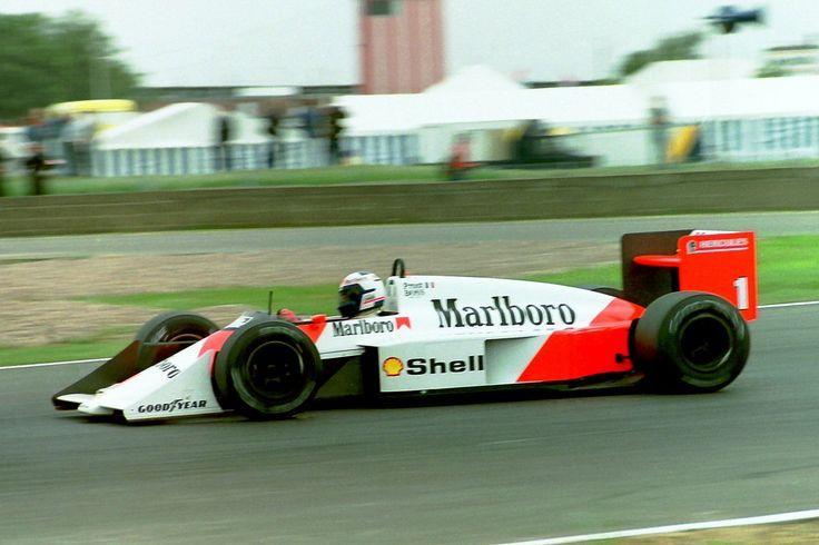 McLaren MP4/4 lors de la saison 1987